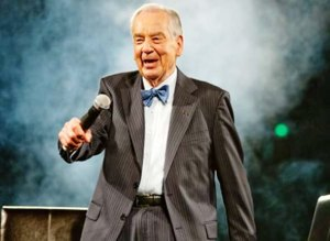 Zig Ziglar on Stage